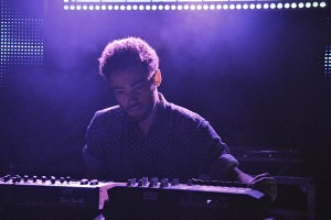 Taylor McFerrin - Live