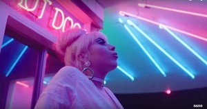"Video: Kali Uchis - ""Loner"""